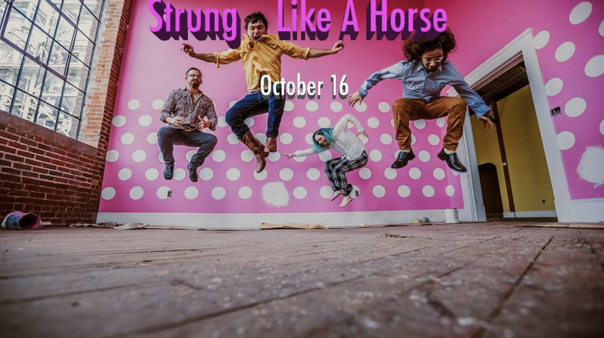LIVE MUSIC: Strung Like a Horse